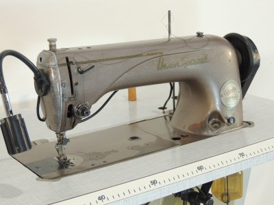 used UNION SPECIAL-100-P - Sewing