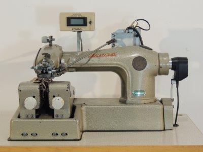 STROBEL 123-10D usata Macchine per cucire
