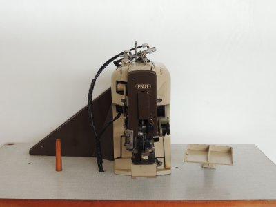 PFAFF 3306  usata Macchine per cucire