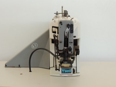 PFAFF 3306-9-03-B usata Macchine per cucire