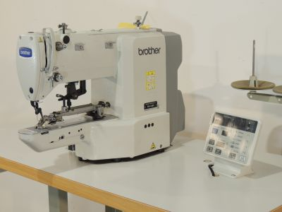 used BROTHER BE-438-F - Sewing