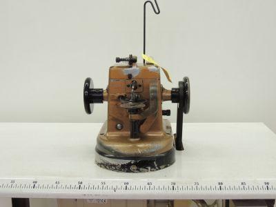 SUCCES-PIATTELLI  usata Macchine per cucire