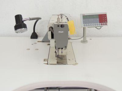 used PFAFF 1243-712-900 - Sewing
