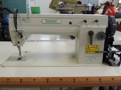 Venus VP-2180  usata Macchine per cucire