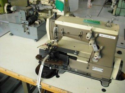 Rimoldi 261 Passanti-Jeans usata Macchine per cucire