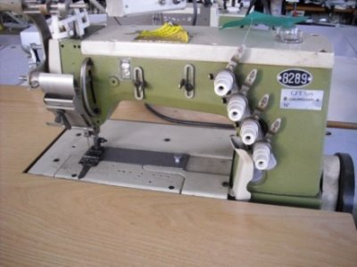 Rimoldi 264-38-2CA-12 usata Macchine per cucire