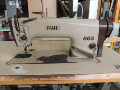 used Pfaff 563-900 - Sewing