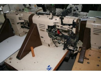 Pfaff 3306-759 usata Macchine per cucire