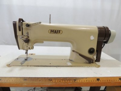 Pfaff 563-900  usata Macchine per cucire