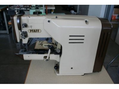 used Pfaff 3336 1/2 Luna - Sewing