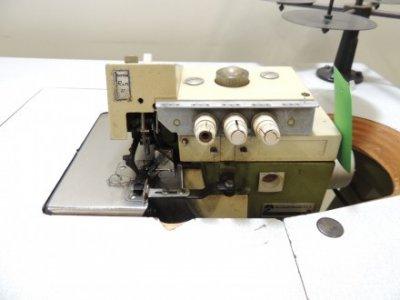 Rimoldi 527-28-1CD-02  usata Macchine per cucire