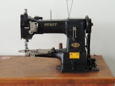 used Pfaff 335 - Sewing