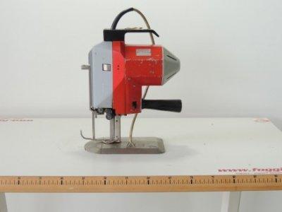 used KVS 700 - Cutting Fusing Ironing