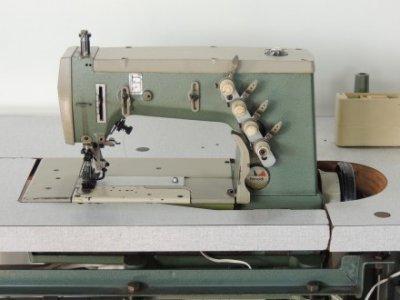 Rimoldi 263-46-3MD-05  usata Macchine per cucire