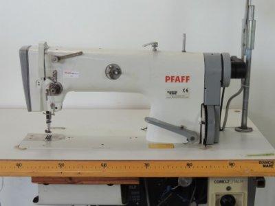 Pfaff 483-900-910-911  usata Macchine per cucire
