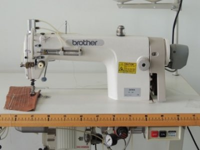 Brother DK-68  usata Macchine per cucire
