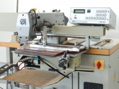 used Durkopp Adler 743-221 - Sewing