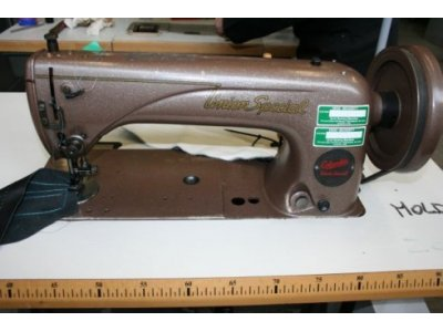 used Union Special 100 XA - Sewing