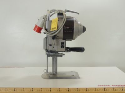 used KM -AU V - Cutting Fusing Ironing