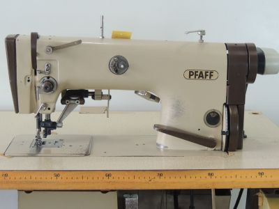 PFAFF 483-731-900 usata Macchine per cucire