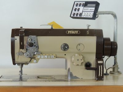 PFAFF 1425  usata Macchine per cucire