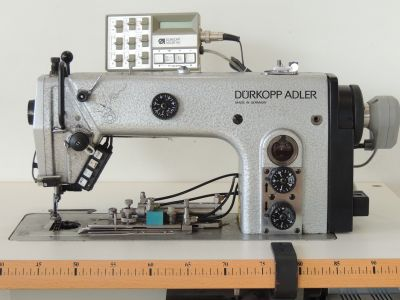 Durkopp Adler 273 -140042 Autoallineante usata Macchine per cucire