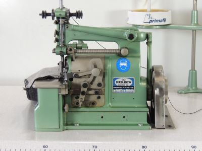 used MERROW 22-FJT-3 - Sewing