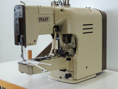 used Pfaff 3306 Beach Umbrellas // Ombrelloni - Sewing