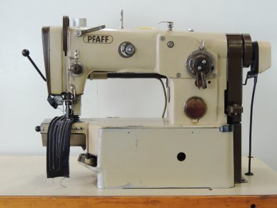 used PFAFF 838-748-900 - Sewing