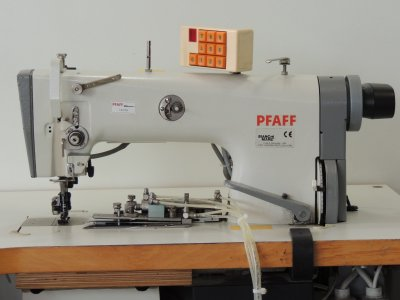 used PFAFF 487-706-900 - Sewing