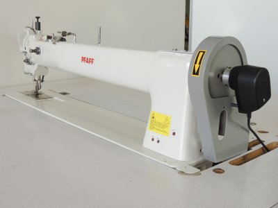used Pfaff 5543-712 - Sewing