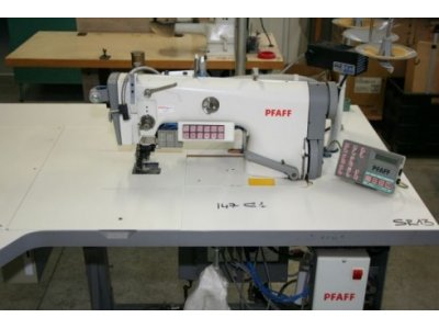 Pfaff 3822-1/22 usata Macchine per cucire