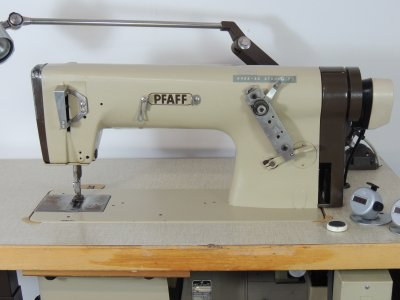 used PFAFF 5483-811-900 - Sewing