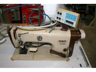 Pfaff 483-G-731-900-910-911 usata Macchine per cucire